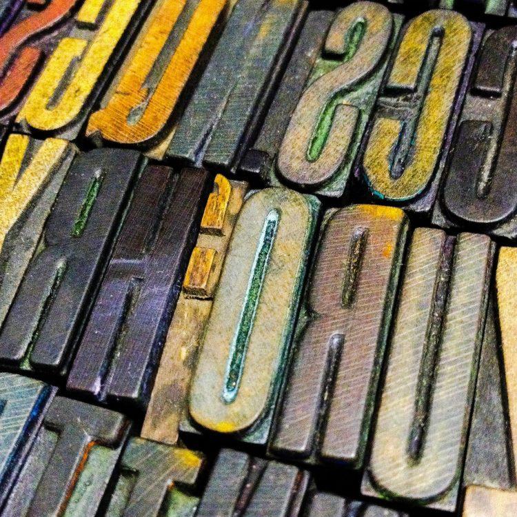 a-colourful-array-of-vintage-letterpress-type-8Z3GMNJ